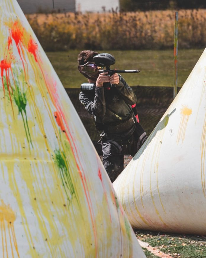 How to Display Paintball Guns